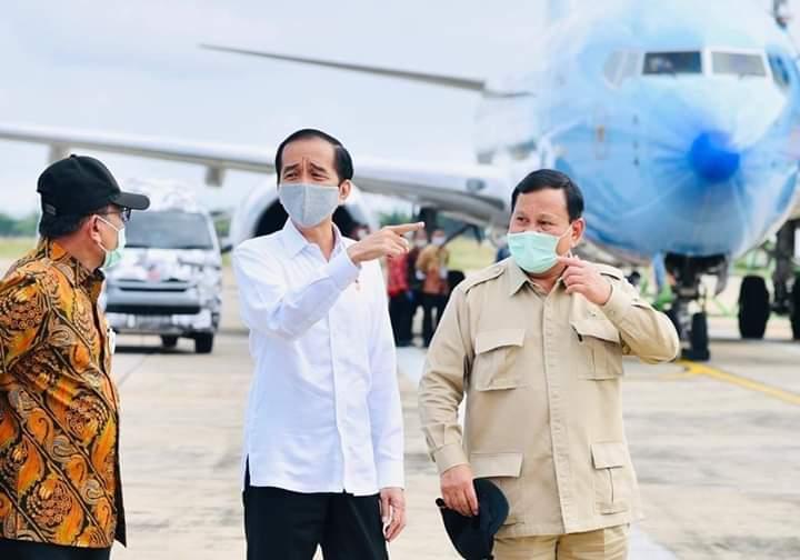 Presiden Jokowi Bersama Menhan Prabowo3