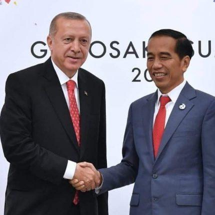 Presiden Joko Widodo menerima telepon dari Presiden Turki Recep Tayyip Erdogan