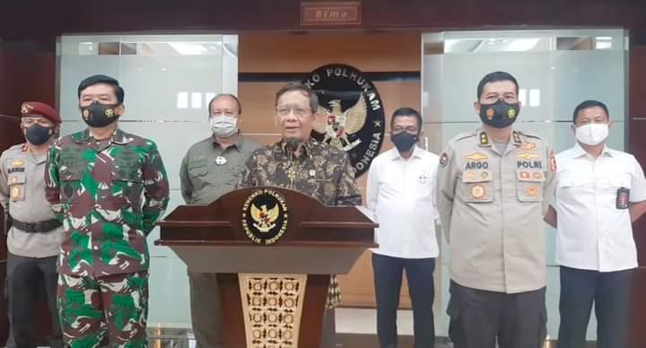 Menko Polhukam) Mahfud MD di Jakarta, menyampaikan pernyataan pemerintah terkait perkembangan situasi pasca aksi pembunuhan di Sigi