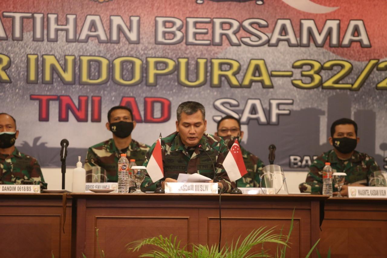 Kasdam III/Siliwangi Brigjen TNI Kunto Arief Wibowo, S.I.P, buka secara resmi Latihan Bersama Tentara Nasional Indonesia Angkatan Darat dan Angkatan Darat Singapura,